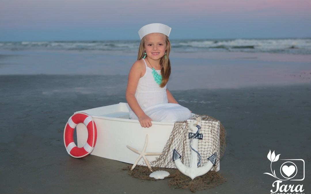 Kids and Baby Boat Portraits by Tara Photography